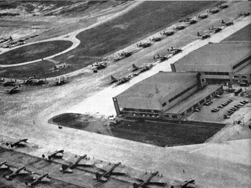 Photo: Dorval Airport in summer, circa 1941